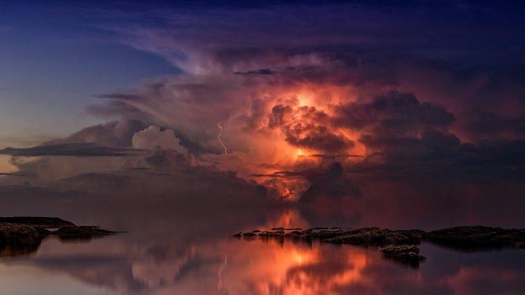 thunderstorm-3440450_1920
